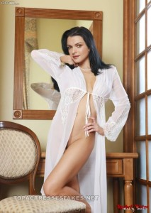 rachel weisz nude pictures posing boobs & pussy fake