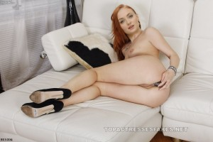 sophie turner naked pics showing sexy ass pussy & tits fake 001