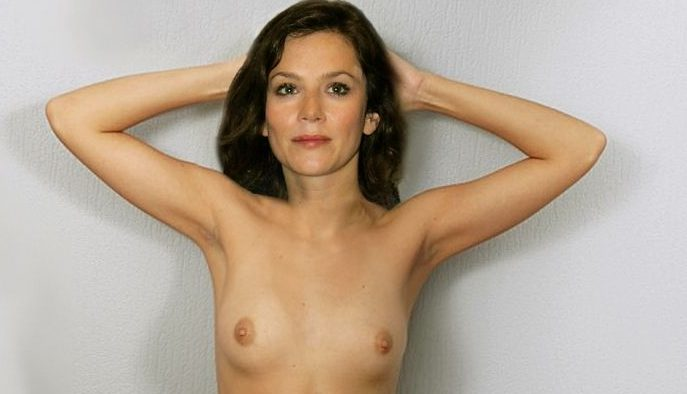 anna friel nude pics showing boobs and pussy fake