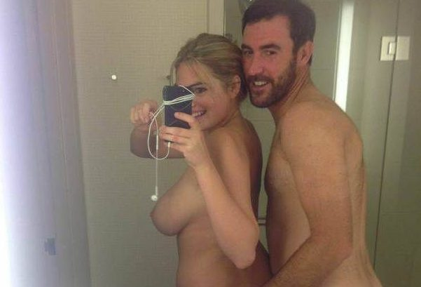 kate upton nude selfies sexy pics 001