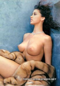 shannon elizabeth perky tits showing