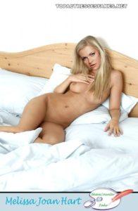 melissa joan hart full nude in bedroom