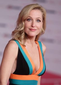 gillian anderson at great expectations premiere