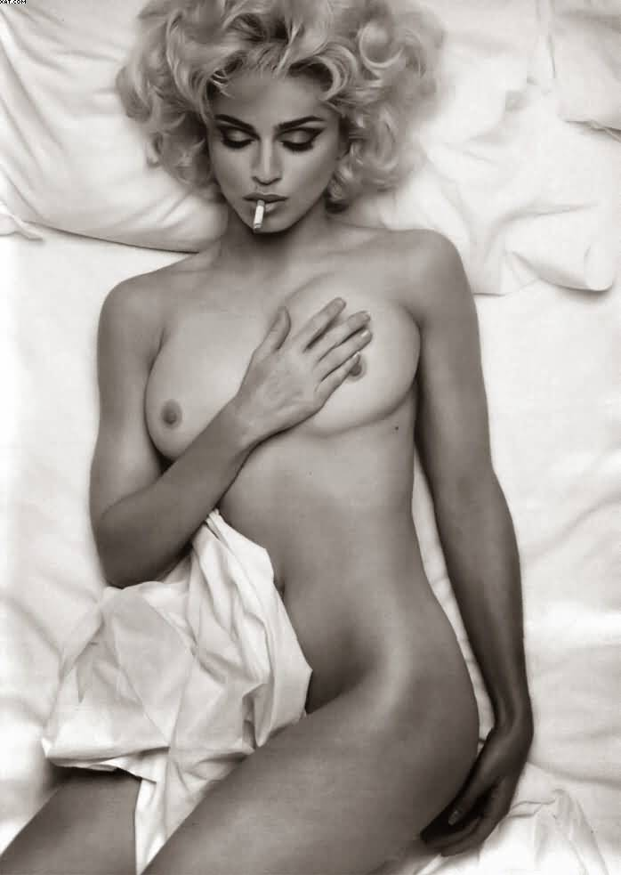 Topless new celebrity nudes