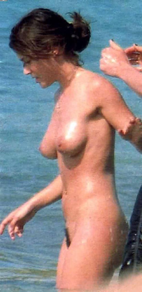 alyssa milano nude