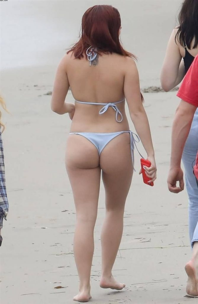 ariel winter sexy ass