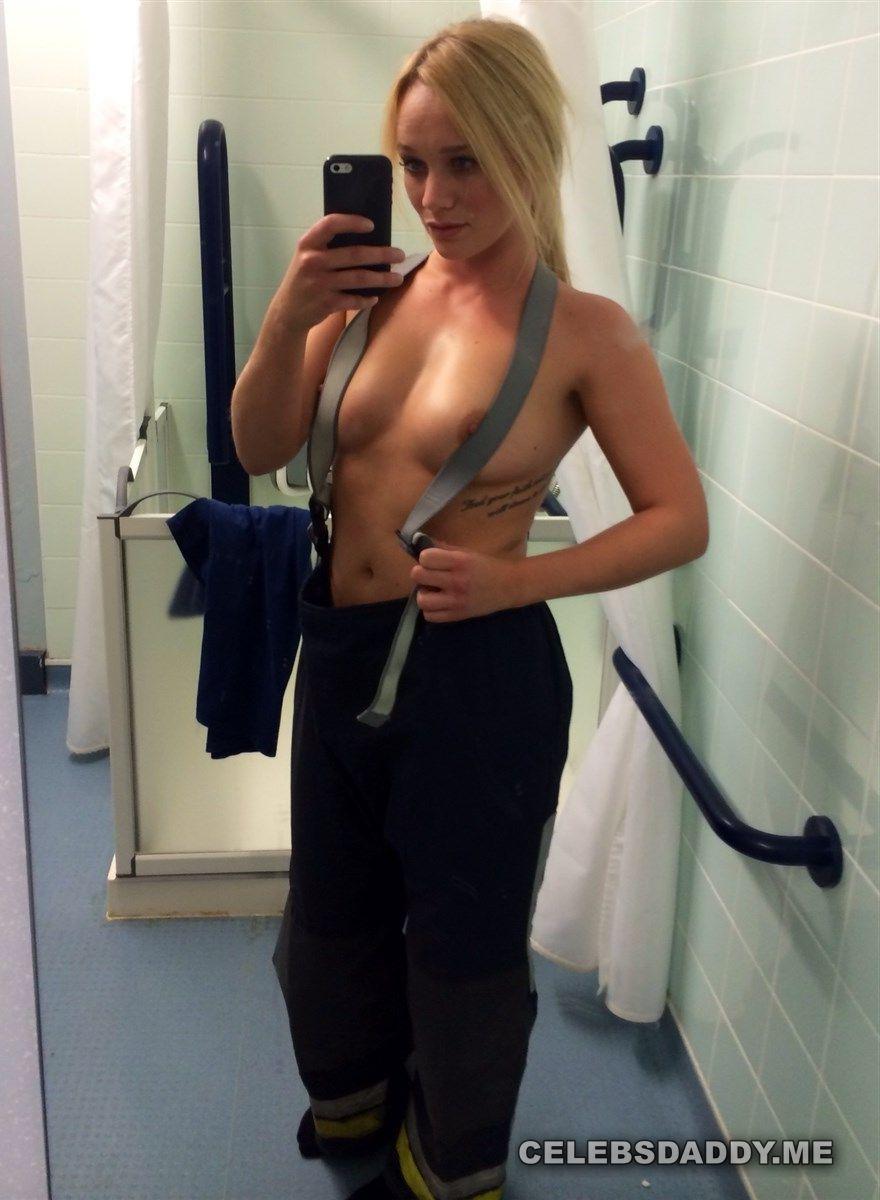 Kirsty-Leigh Porter  nackt