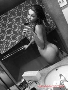 lili simmons leaked pictures 002