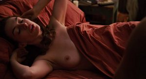 anne hathaway love other drugs 02