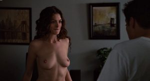 anne hathaway love other drugs 04