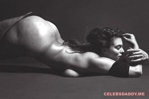 ashley graham nude yoga showing huge ass boobs