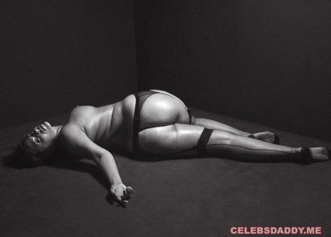 ashley graham nude yoga showing huge ass boobs 001