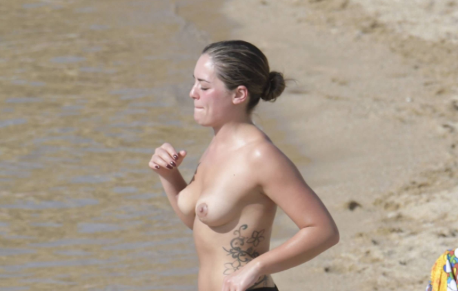 olympia valance boobs