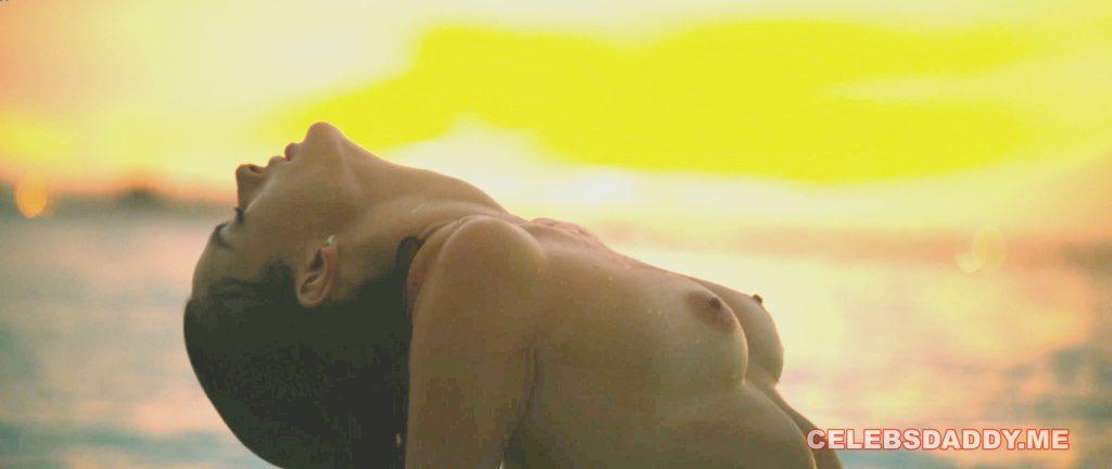 alessandra ambrosio nude photoshoot