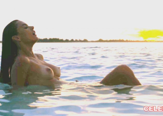 alessandra ambrosio nude photoshoot 003