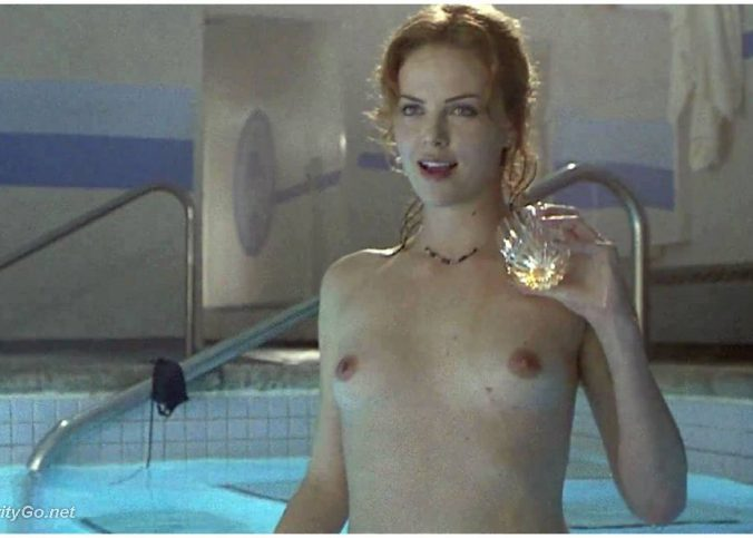 charlize theron nude photos 16