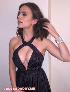 hayley atwell big boobs