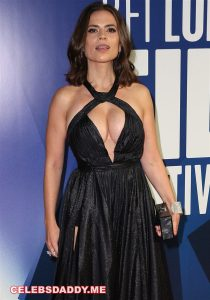 hayley atwell big boobs 002