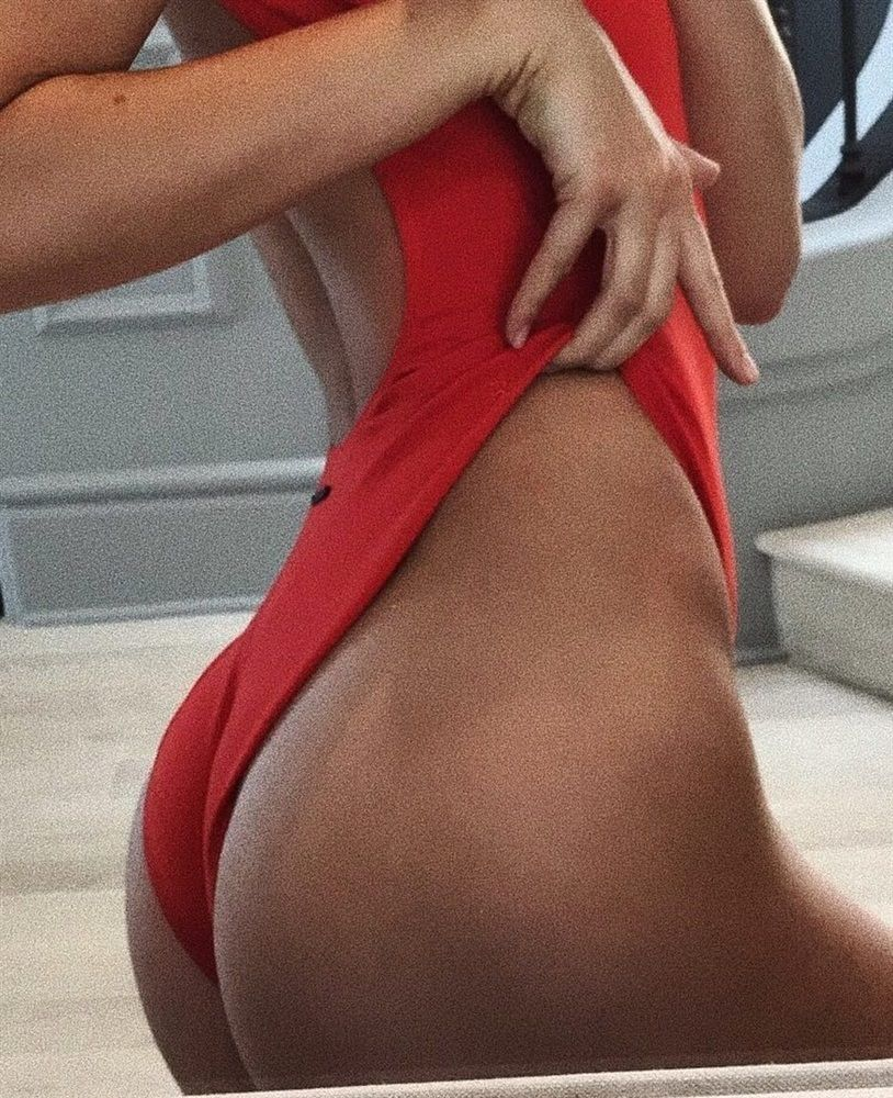 kendall jenner tits and ass 001