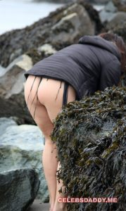 lisa appleton topless 002