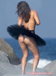 myla dalbesio topless 008