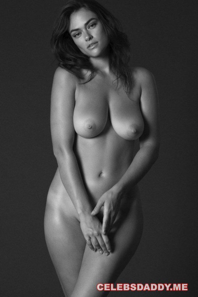 supermodel myla dalbesio nude photoshoot 002