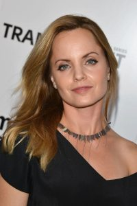 mena suvari at transparent premiere in los angeles 4