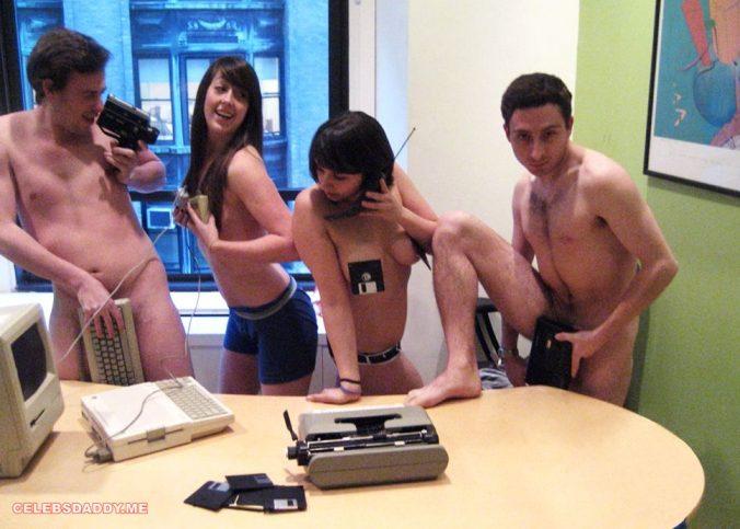 sarah schneider nude leaked photos 009