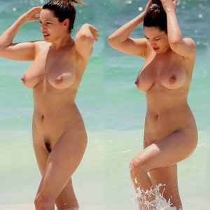 kelly brook nude beach