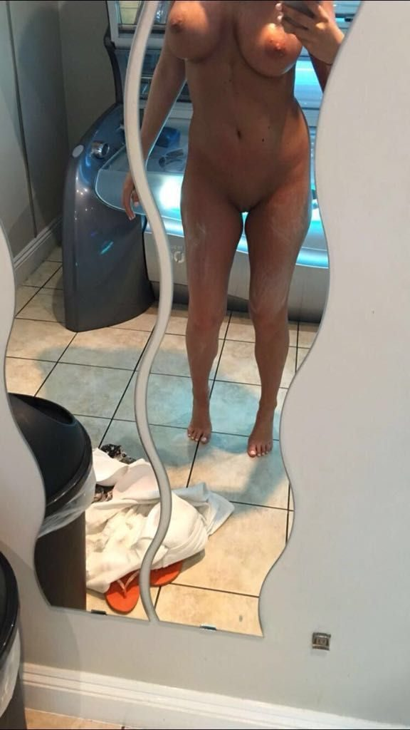amy childs nude leaked fappening photos 003