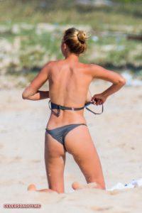 kelly rohrbach topless in hawaii beach 003