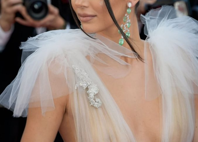 kendall jenner boobs show at cannes 012