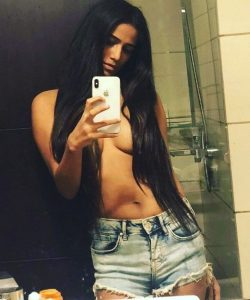 poonam pandey nipslip video and sexy photos collection 004