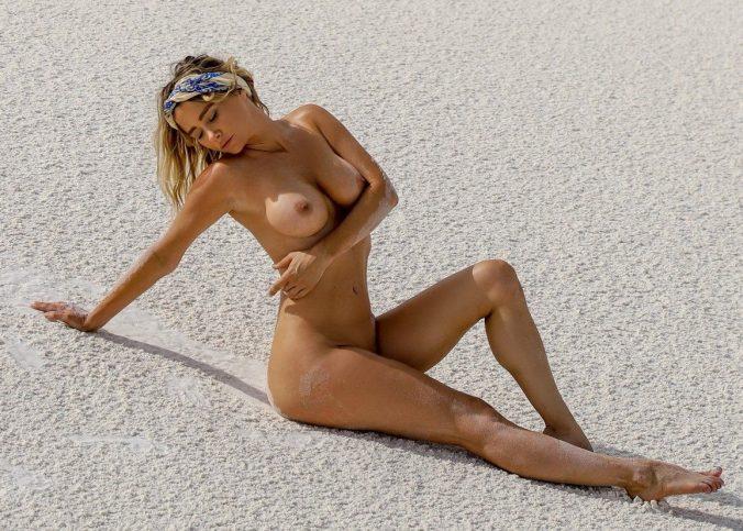 sara underwood nude desert photoshoot