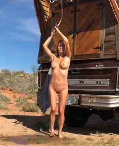 sara underwood nude desert photoshoot 004