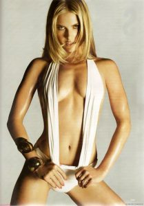 ali larter tits show collection 004