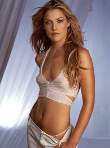 ali larter tits show collection 006
