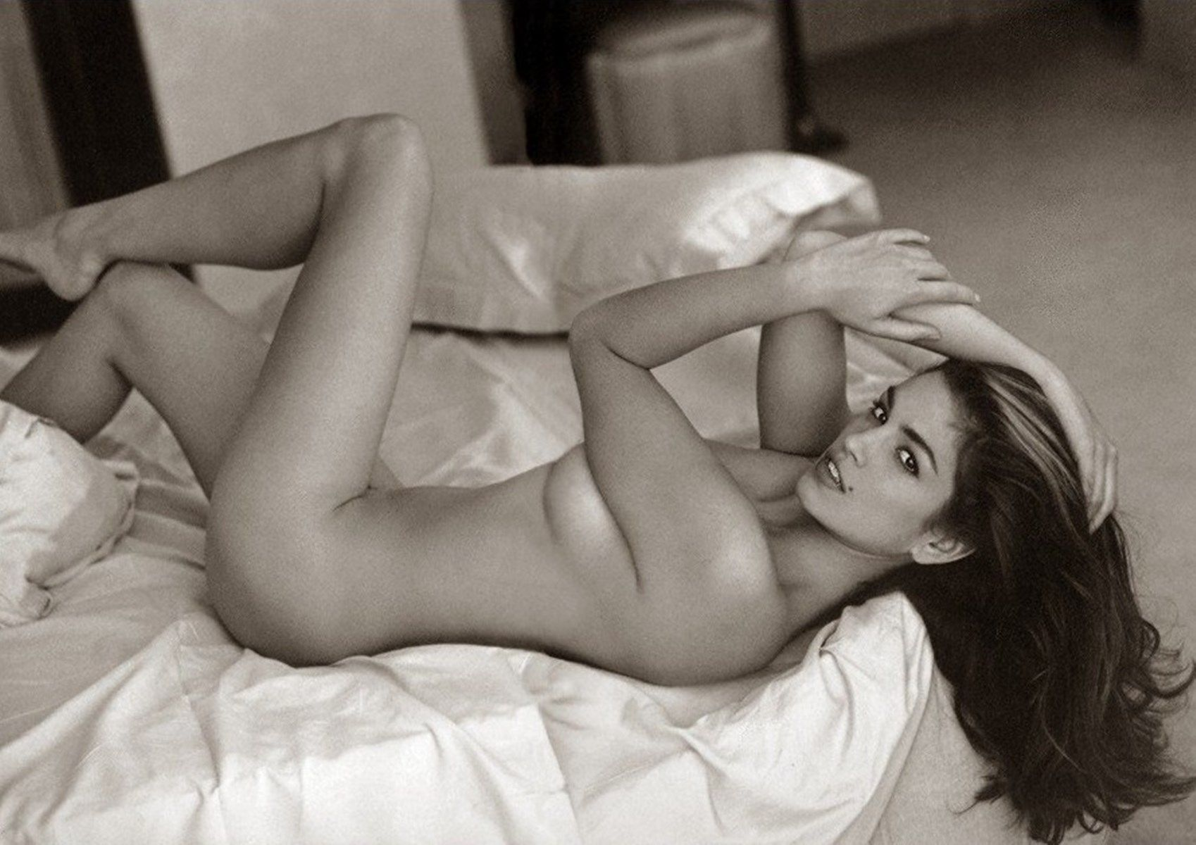 Naked Pictures Of Cindy Crawford