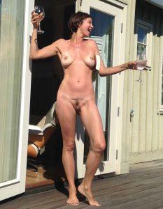 catherine bell nude leak2
