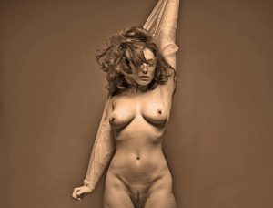 kelly brook nude full frontal photos 002