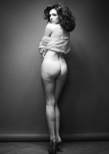 kelly brook nude full frontal photos 004