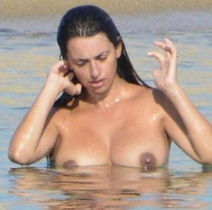 penelope cruz topless beach candids