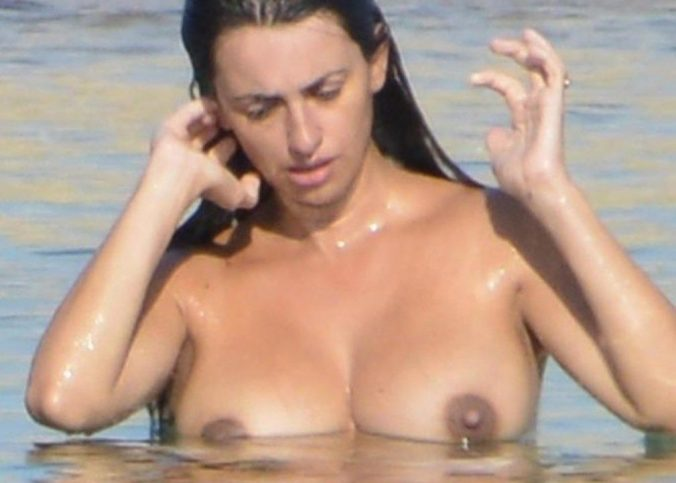 penelope cruz topless beach candids