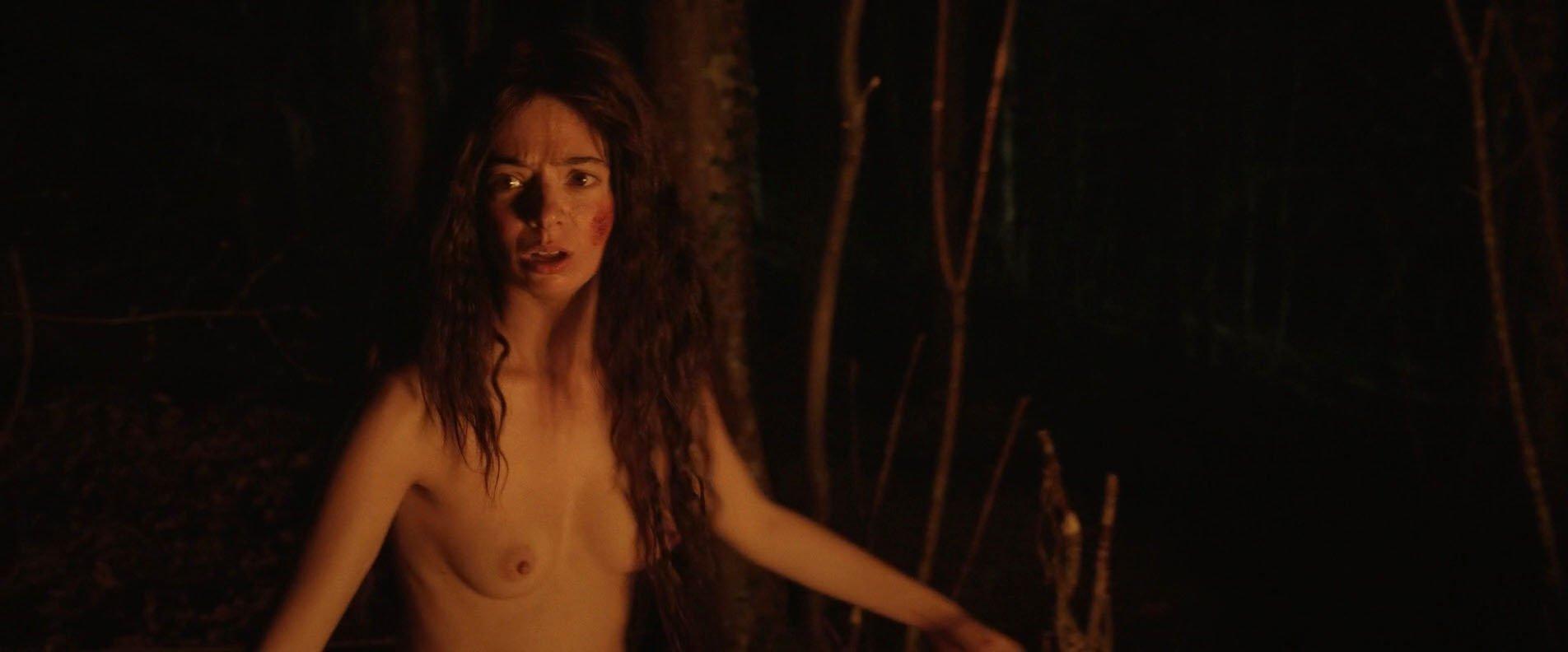 Kate Micucci nude