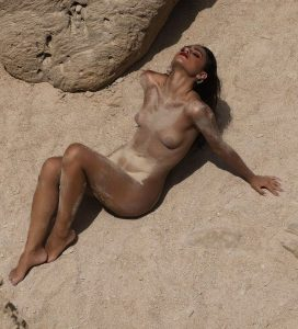 carla guetta nude 009