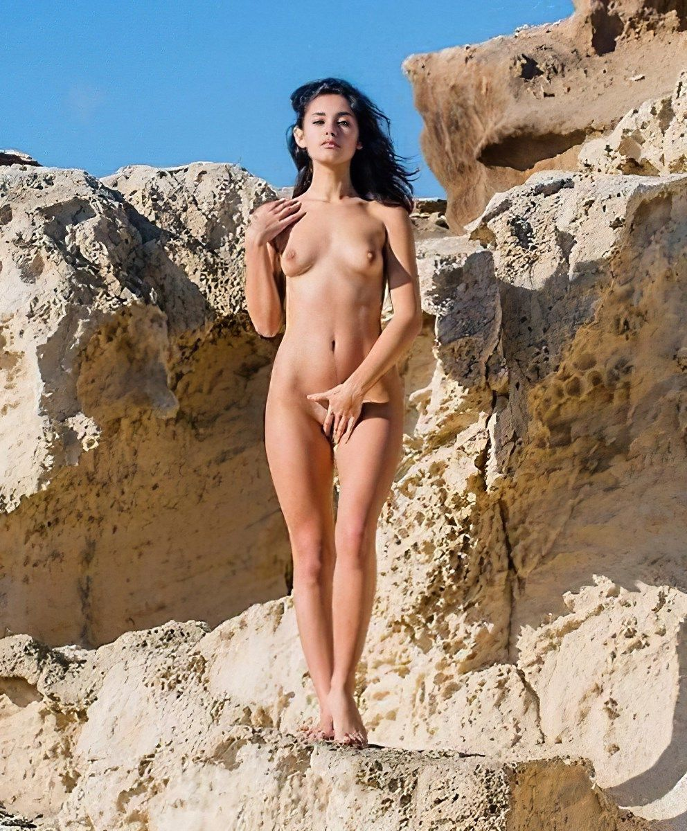 Carla Buono Nude