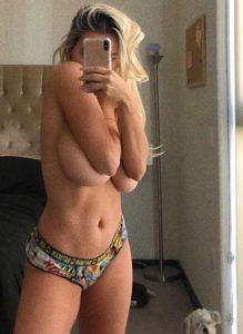 lindsey pelas nude pics 005