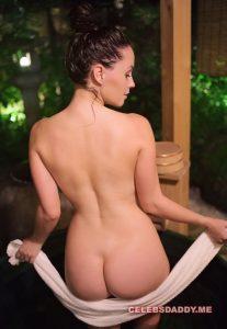 meg turney nude ass and boobs photos 010
