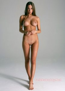 elsie hewitt nude full frontal compilation 009